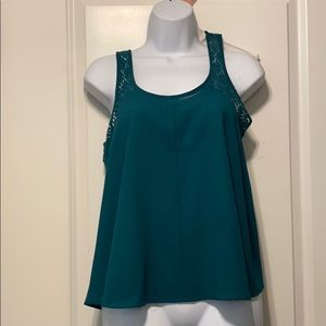Flare sleeveless green tank with lace detail-Med